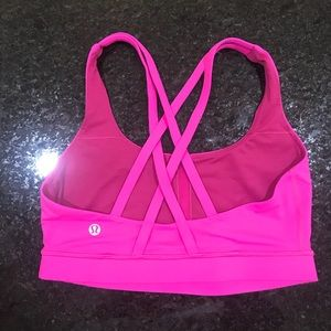 Lululemon Energy Bra in fuchsia size 6
